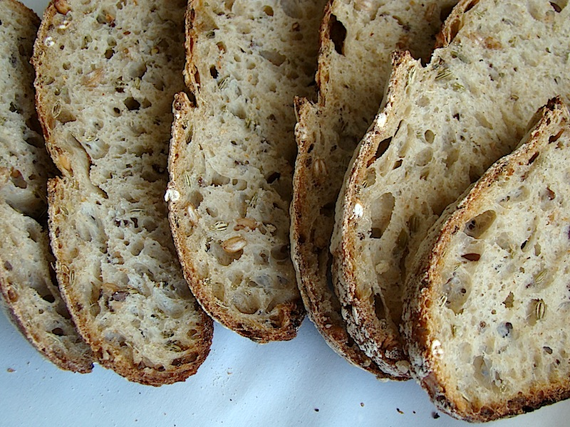 DSC09354 copy Paine cu 4 graunte   Four Grain Levain