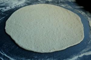 lipie intinsa 2 300x200 O lipie, doua lipii   pita bread