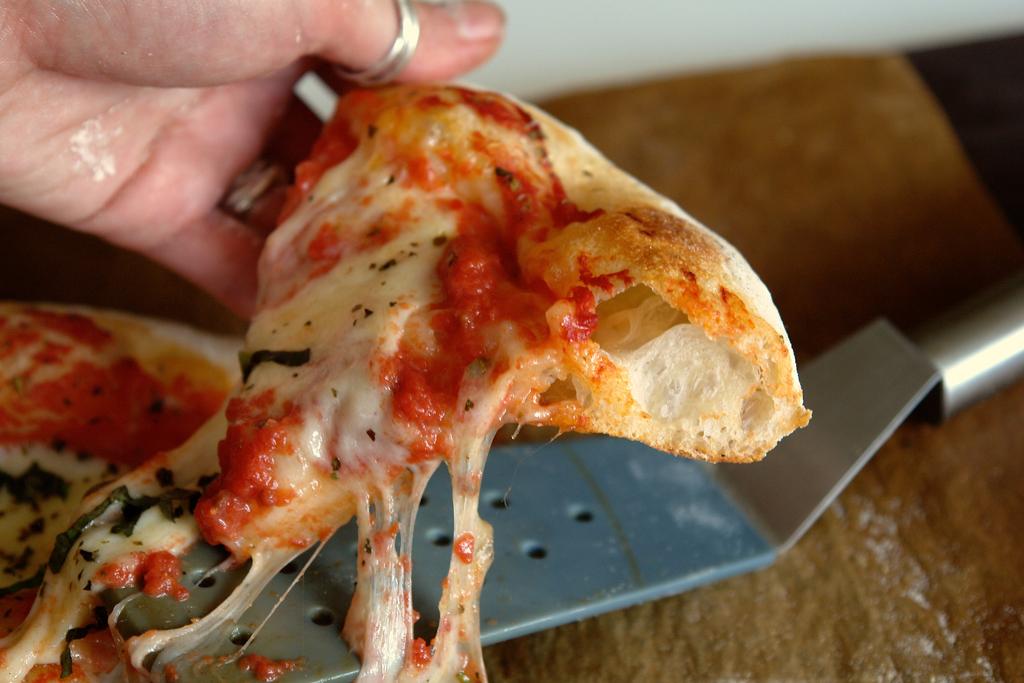 pizza margherita 07 Pizza Margherita