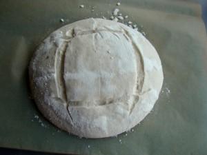 scoring boule 300x225 Painea cu gust de acasa   Simple Sourdough Bread